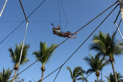 Trapeze in Ixtapa, Mexico